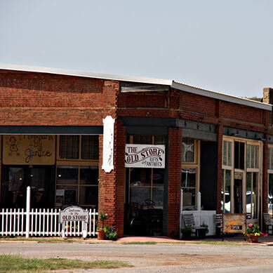 piedmont-ok-downtown old store red brick building